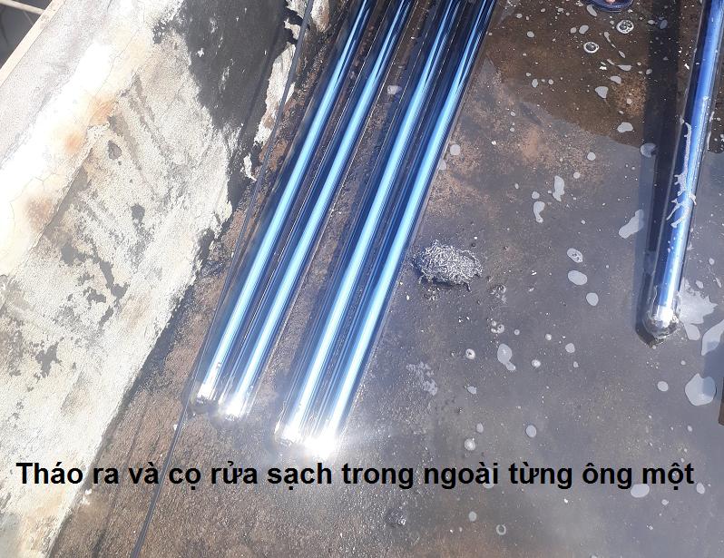 Vệ sinh sạch sẽ ống thu nhiệt làm tăng khả năng hấp thụ nhiệt của máy