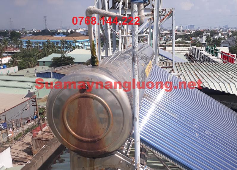 Hư hỏng ống thông hơi máy năng lượng mặt trời không nóng